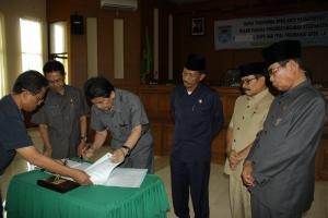 Penandatanganan Kesepakatan KUPA & PPAS Perubahan APBD T.A 2012