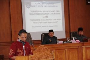 SIDANG PARIPURNA DPRD 3-12-13