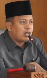 YB. Dt. Parmato Alam--ketua DPRD Kota Payakumbuh. Gambar 6