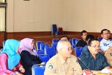 Foto 18 A. Yusmar Khalis--ketika menghadiri hearing dengan Pansus III DPRD