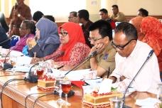 Foto 18 E. Para kepsek SLTP dan SLTA se Kota payakumbuh hearing dengan Pansus III DPRD Payakumbuh
