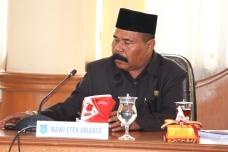Sekretaris fraksi Partai Gerinda---Mawi Etek Arinto.