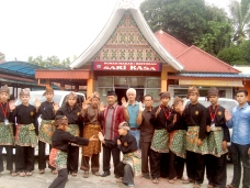 Wakil Ketua DPRD Payakumbuh Wilman Singkuan Sambut Tim Silek Tuo Singo Barantai