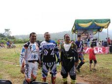 Terlihat Akrab, Walikota Riza Fahlepi, Ketua DPRD YB Dt Parmato Alam dan Kapolresta Payakumbuh AKBP Kuswoto dalam Acara Jalajah Alam Paliko